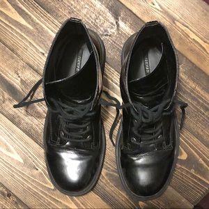 🖤Broken in Combat Boots-Lace Up Great Soles🖤Sz 8